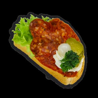 koktél-szendvics-csabai-kolbászos